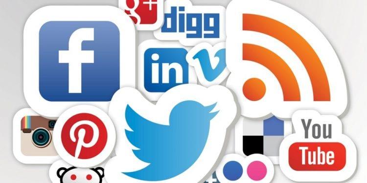Sosyal medya devleri 2017'de değişmek zorunda