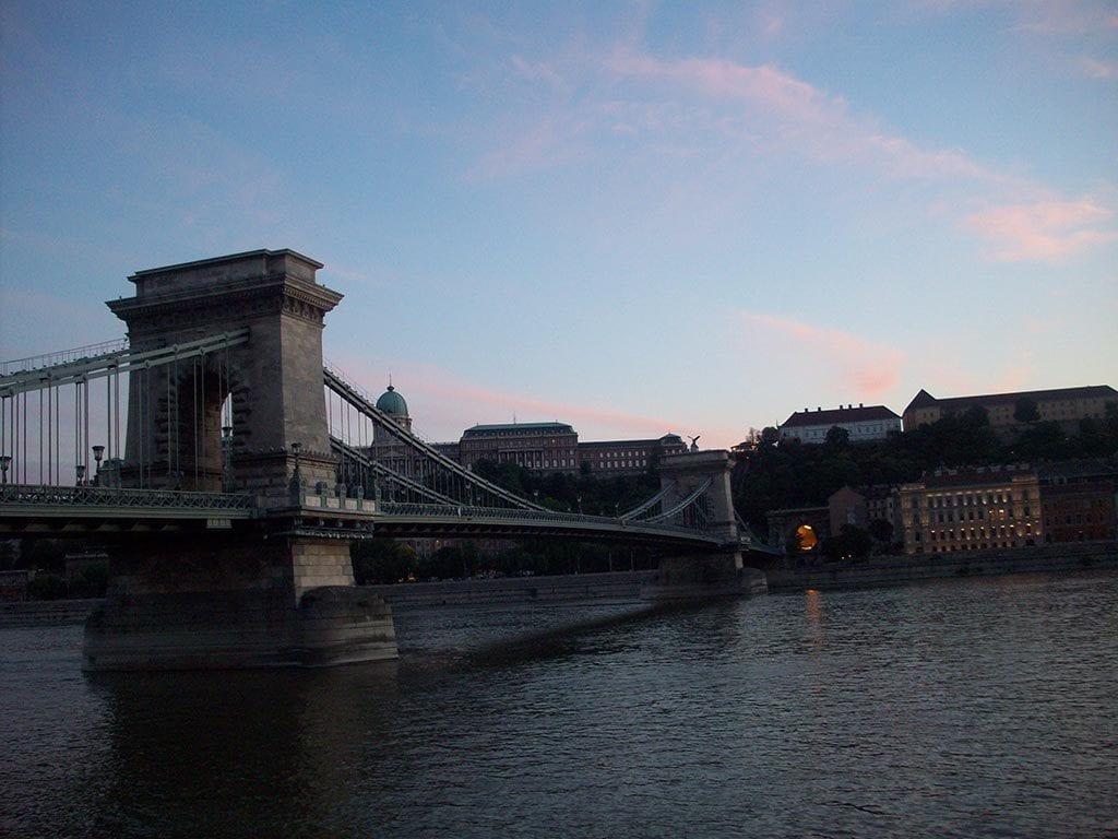 Szechenyi Asma Köprüsü