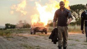 Vin Diesel, 52 yaşına rağmen Bloodshot filminde olduğu gibi aksiyon filmlerinde çok başarılı.